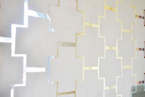Vidro jateado decorado fica muito bem se usado como divisória de ambientes, decoração com vidro jateado em salas, banheiros e armários de cozinha .